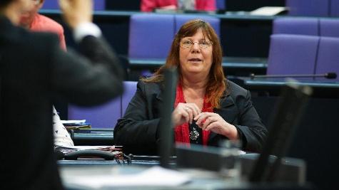 Bundesregierung will Pflegereform light